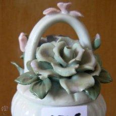 Vintage - joyero de porcelana con flores 9x650 - 43714653