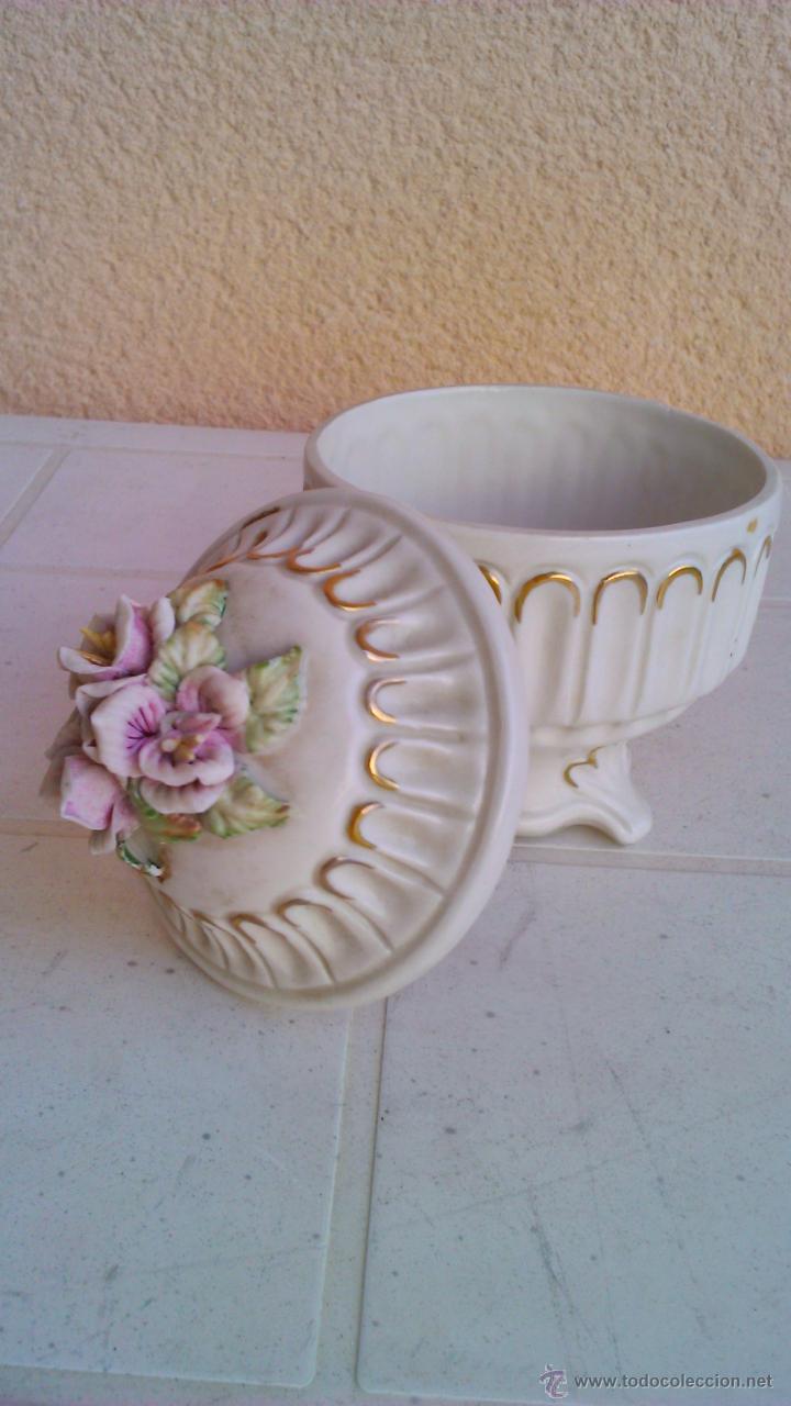Vintage: Bonito joyero de porcelana con flores en la tapa. - Foto 4 - 101180115