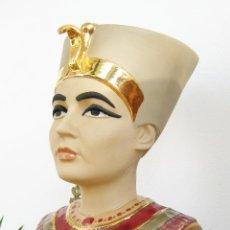 Vintage: GRAN BUSTO EN PORCELANA TIPO GRES CERAMICO REINA EGIPCIA NEFERTITI CREO QUE NADAL. Lote 44923364
