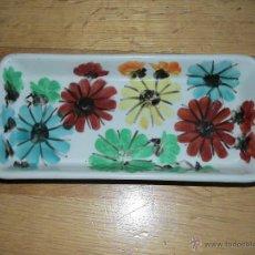 Vintage: BONITA BANDEJA DE CERAMICA PINTADA A MANO AÑOS 60. Lote 45930056