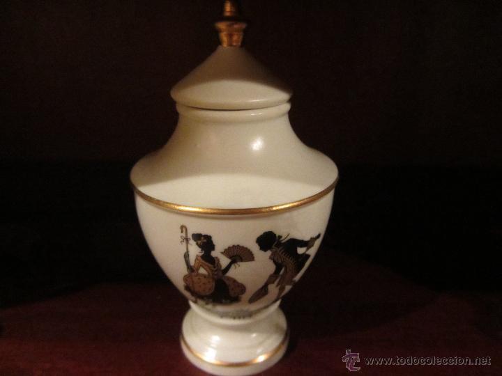 Vintage: Juego de Miniaturas de porcelana Capeans. - Foto 5 - 46032470
