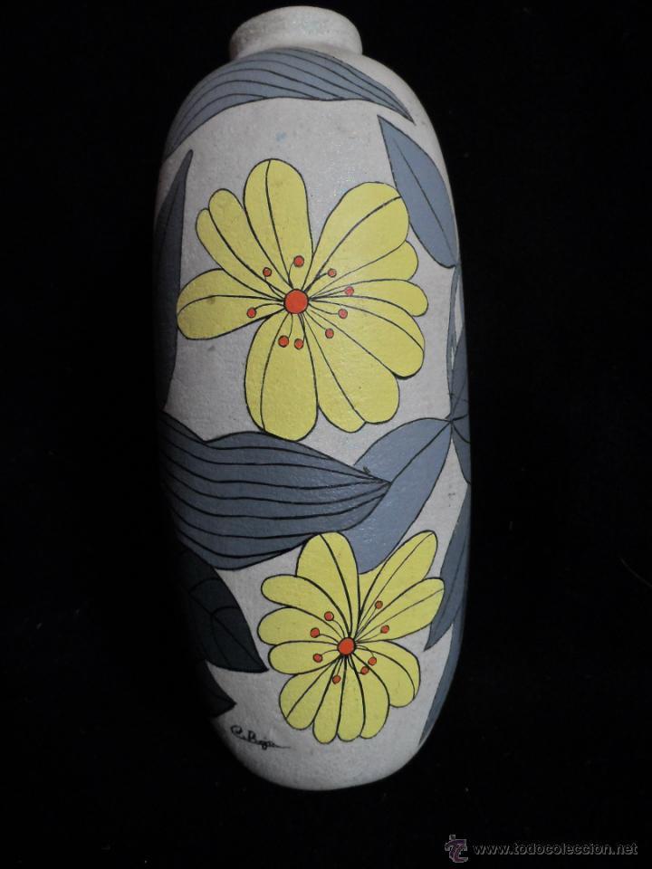 vintage ceramica jarron firmado c boja o c roja decor floral diseo para decoracion actual de gusto