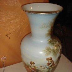 Vintage: ANTIGUO JARRÓN GRANDE DE MARCA ESPAÑOLA / AÑOS 40-50. Lote 36248512