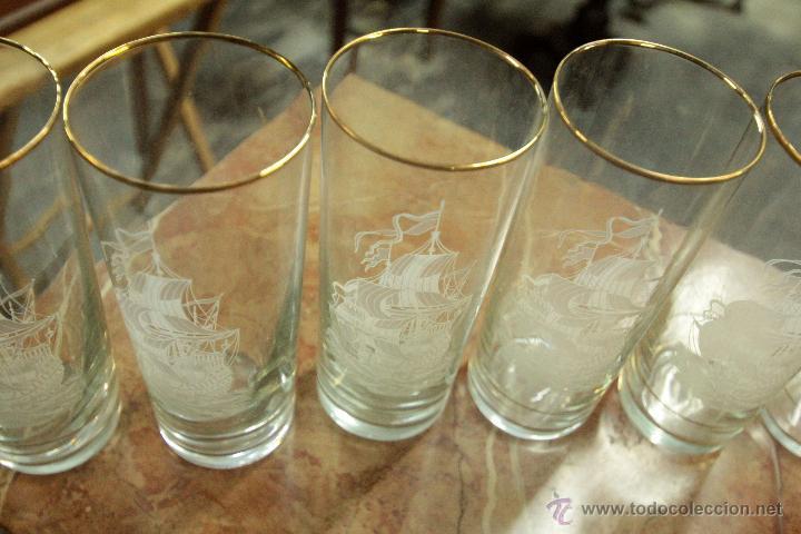 JUEGO DE SEIS VASOS ALTOS ANTIGUOS DE CRISTAL FINO, DE TUBO TALLADOS CON DORADO -REF101- (Vintage - Decoración - Cristal y Vidrio)