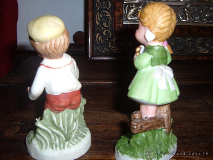 Vintage: Pareja de figuras en biscuit - Foto 2 - 48399003