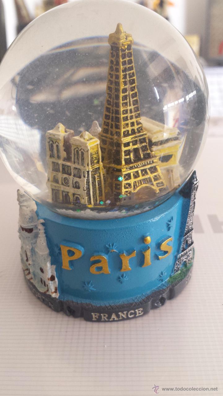 BOLA DE CRISTAL DE PARÍS; MONUMENTOS MÁS IMPORTANTES; MUY BUEN ESTADO. (Vintage - Decoración - Cristal y Vidrio)