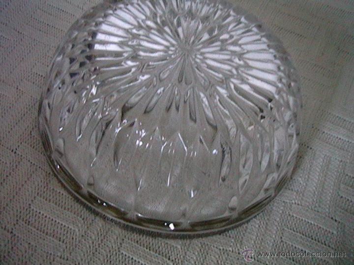 Vintage: imagen del fondo o cara posterior del cristal tallado - Foto 2 - 50255157