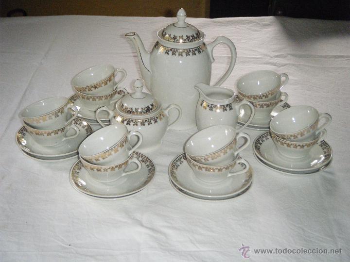 ANTIGUO JUEGO DE CAFÉ SANTA CLARA DE 12 SERVICIOS DEL AÑO 1948 (Vintage - Decoración - Porcelanas y Cerámicas)
