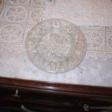Vintage: PLATO DE POSTRE ,DE CRISTAL TALLADO ,AÑOS 50 . Lote 50774143