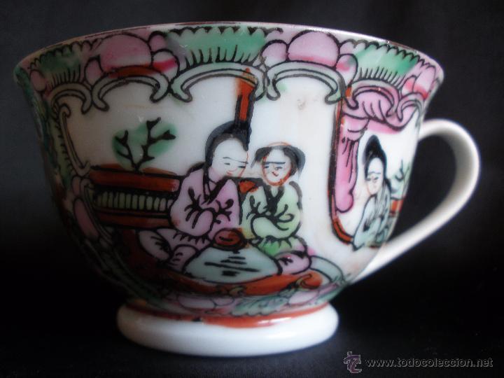 TAZA CHINA PINTADA A MANO SELLADA CON TAMPON EN LA BASE (Vintage - Decoración - Porcelanas y Cerámicas)
