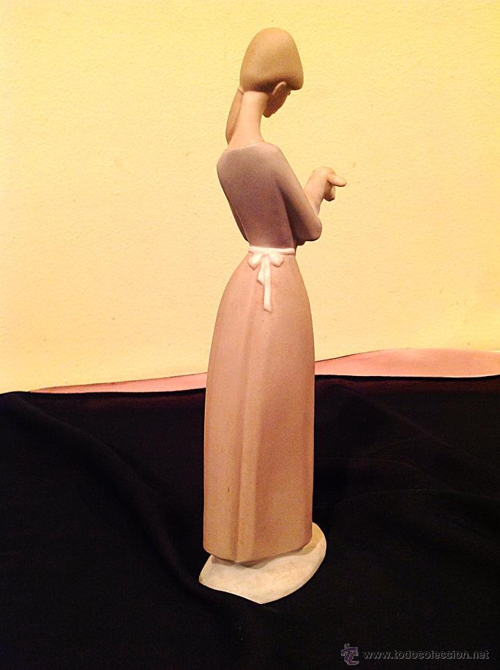 Vintage: Figura Joven Con Oveja / Figura De Porcelana NAO Medidas 26cm - Foto 4 - 51995298