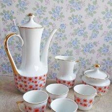 Vintage: JUEGO TE CAFE PORCELANA TAZAS LECHERA TETERA VINTAGE BLANCO DORADO FLORES. Lote 55408761