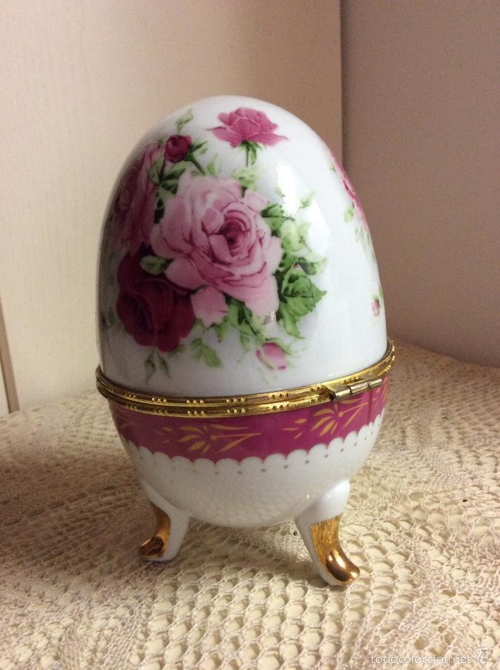 Vintage: Caja de porcelana austríaca en forma de huevo 14x10 cm - Foto 2 - 56152574