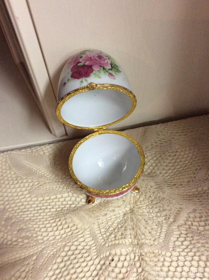 Vintage: Caja de porcelana austríaca en forma de huevo 14x10 cm - Foto 5 - 56152574