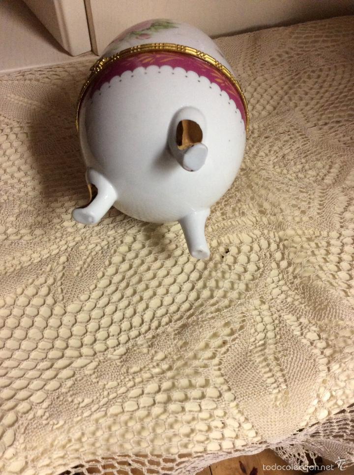 Vintage: Caja de porcelana austríaca en forma de huevo 14x10 cm - Foto 6 - 56152574