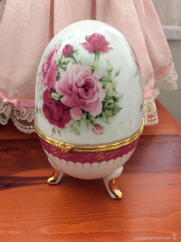 Vintage: Caja de porcelana austríaca en forma de huevo 14x10 cm - Foto 7 - 56152574