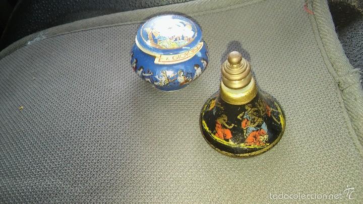 LOTE MINIATURAS CERAMICA GRIEGA. PERFUMERO Y RECIPIENTE BALSAMO. (Vintage - Decoración - Porcelanas y Cerámicas)