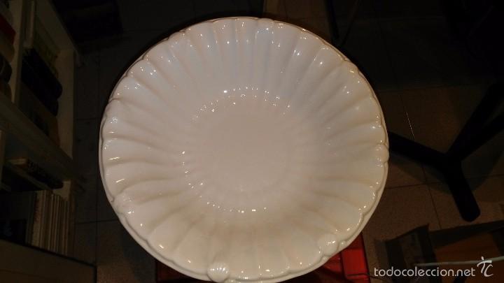 FUENTE CERAMICA DE OLARIA DE ALCOBACA PORTUGAL (Vintage - Decoración - Porcelanas y Cerámicas)