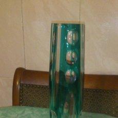Vintage: PRECIOSO JARRON DE CRISTAL TONOS VERDES Y TRANSPARENTES.. Lote 109524011