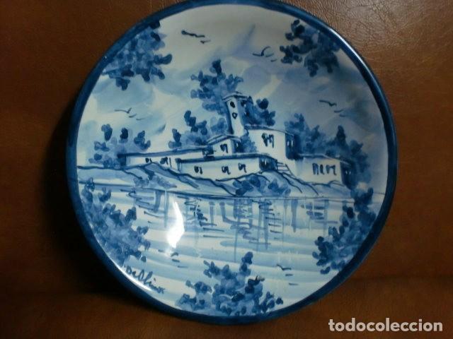 PLATO CERÁMICA FIRMADO.- MIDE 16,00 DIÁMETRO (Vintage - Decoración - Porcelanas y Cerámicas)