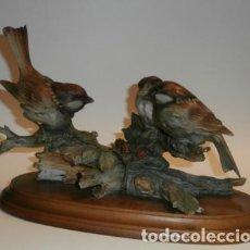 Vintage: PAJAROS CAPODIMONTE. Lote 74365443