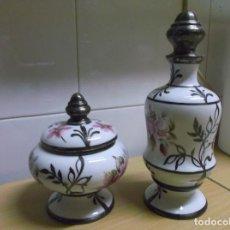 Vintage: ARTLYNSA VALENCIA BOTELLA CON TAPON BOL CON TAPA BONITA PAREJA SIN DEFECTO DECORACION PLATA DE LEY . Lote 75003675