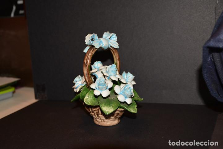 Vintage: Nuova Campodimonte Figura de porcelana de Nuova Campodimonte - Foto 5 - 77098381