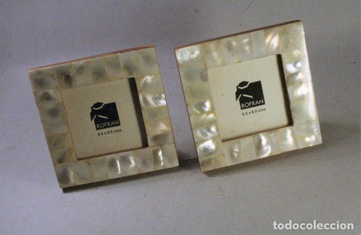 DOS MARCOS DE FOTOS NACARADOS 9X9 CMS. (Vintage - Decoración - Cristal y Vidrio)