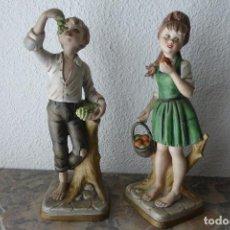 Vintage: PAREJA DE NIÑOS CON FRUTAS. Lote 73549699