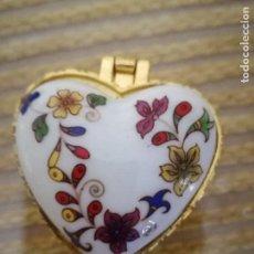 Vintage: CAJITA PASTILLERO PORCELANA.. Lote 82808088