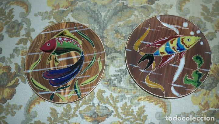PAREJA DE PLATOS EN CERAMICA CASES (Vintage - Decoración - Porcelanas y Cerámicas)