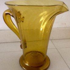 Vintage: JARRA DE AGUA DE CRISTAL AMARILLO SOPLADO, AÑOS 60.. Lote 86346847