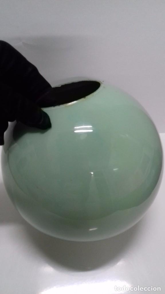 Vintage: Jarrón - Florero redondo cristal pintado. Vintage Años 70. 16 cm alto y ancho, 7 cm ancho boca. - Foto 2 - 91967480