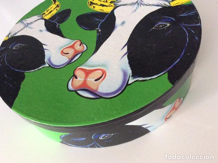 Vintage: Serigrafía Warhol/Vacas sobre juego de café, realizadas por ANTONIO DE FELIPE en su caja original - Foto 3 - 95332575