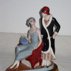 Vintage: FIGURA DE PORCELANA DE RAMÓN INGLÉS (VALENCIA). PAREJA MUJERES ART DECO. Nº 302. AÑOS 70. Lote 104599339