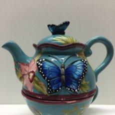 Vintage - Tetera y taza cerámica con detalles florales y mariposas - 105147883
