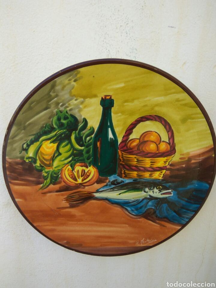 PLATO CERAMICA PARED PINTADO A MANO 35 CMS DIAMETRO (Vintage - Decoración - Porcelanas y Cerámicas)