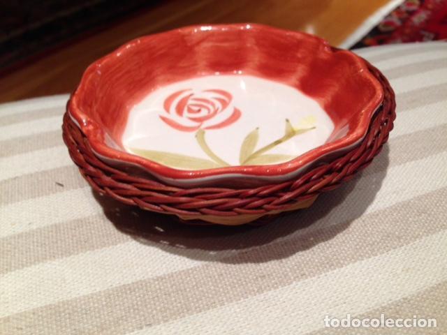 PLATITO CON CESTA (Vintage - Decoración - Porcelanas y Cerámicas)