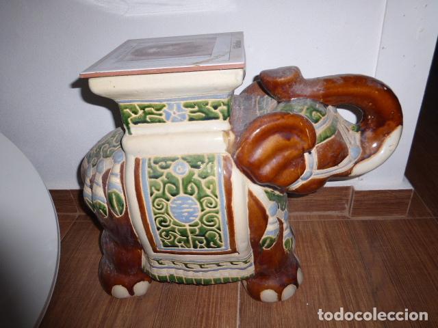 GRAN ELEFANTE DE CERAMICA CON LA AZULEJO DE LA SANTA FAZ (Vintage - Decoración - Porcelanas y Cerámicas)