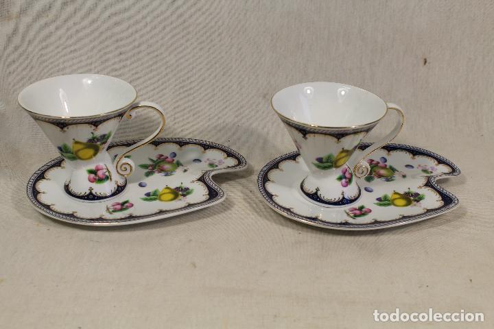 JUEGO 2 TAZAS CAFÉ C/ PLATILLO EN PORCELANA THE LEONARDO COLLECTION (Vintage - Decoración - Porcelanas y Cerámicas)
