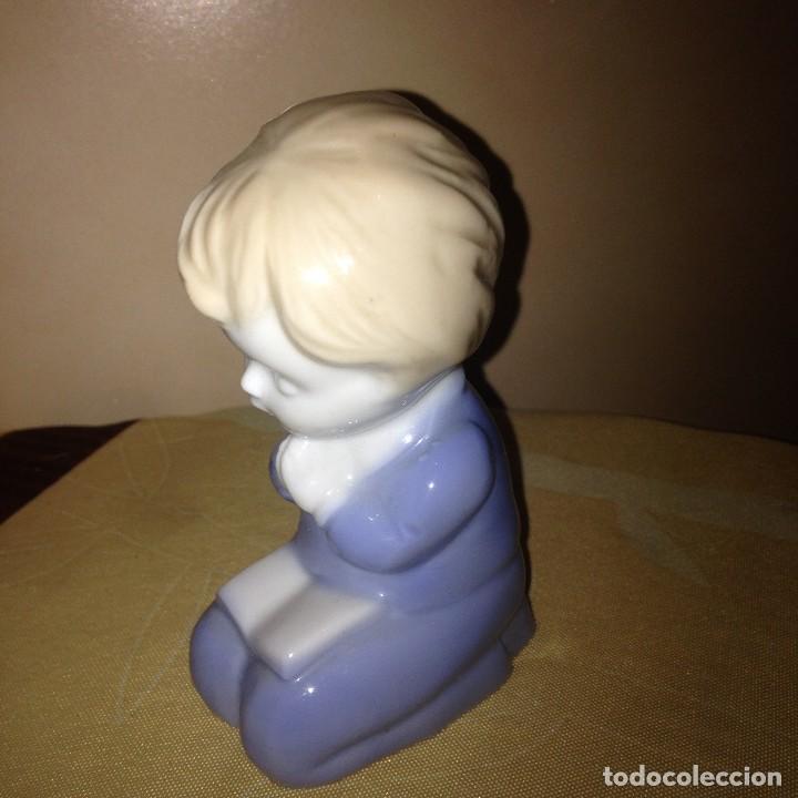 Vintage: Pequeña figura de niño rezando,biscuit.años 80/90 - Foto 2 - 117394363
