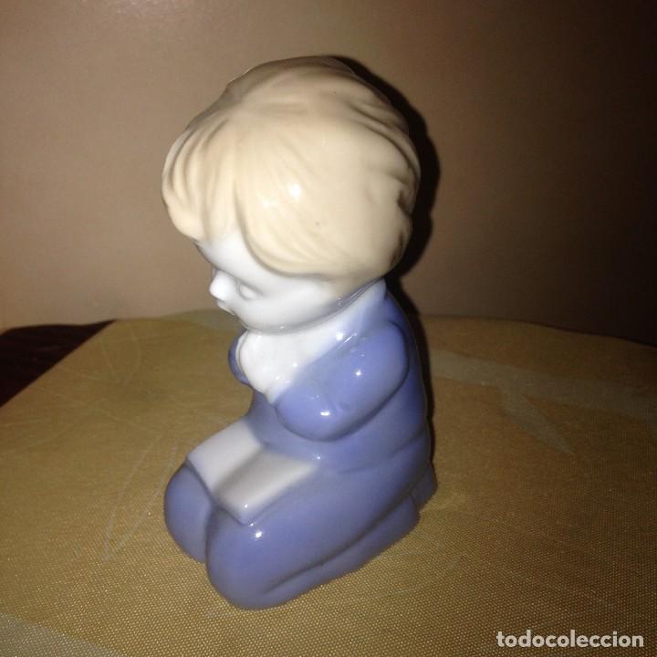 Vintage: Pequeña figura de niño rezando,biscuit.años 80/90 - Foto 3 - 117394363
