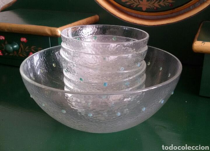 CONJUNTO DE CRISTAL PARA POSTRE COMPUESTO POR BOL Y 6 CUENCOS. CON DETALLES EN VERDE. AÑOS 80 (Vintage - Decoración - Cristal y Vidrio)
