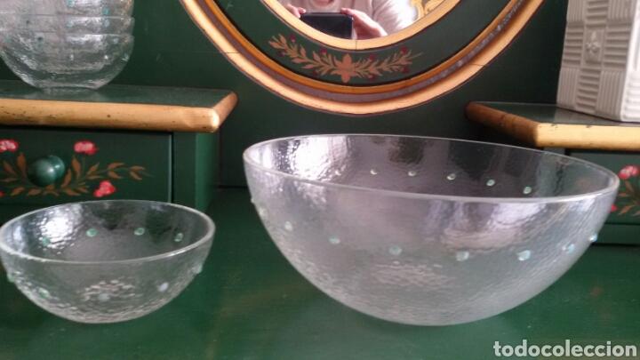 Vintage: Conjunto de cristal para postre compuesto por bol y 6 cuencos. Con detalles en verde. Años 80 - Foto 4 - 117608311