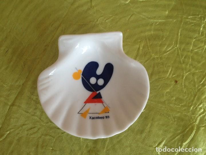 CONCHA PEREGRINO XACOBEO 93 PELEGRIN (Vintage - Decoración - Porcelanas y Cerámicas)