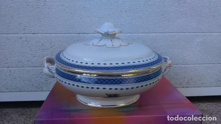 PLATO DE PORCELANA VISTA ALEGRE (PORTUGAL), CON TAPA (Vintage - Decoración - Porcelanas y Cerámicas)