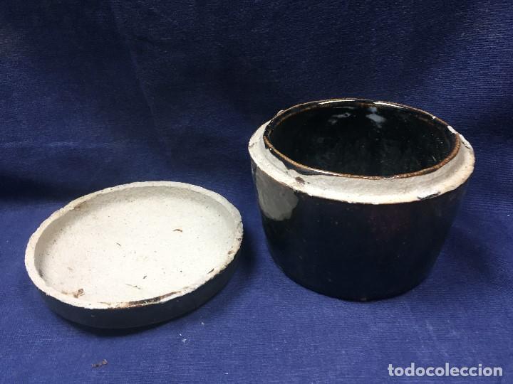 Vintage: bote con tapa tipo raku gres vidriado craquelado marron oscuro mitad s xx 9x11,5cms - Foto 4 - 122872427