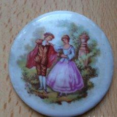 Vintage: PLACA DE PORCELANA ESCENA GALANTE FRAGONARD FRANCOMI . Lote 129457307