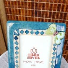 Vintage: PRECIOSO PORTARETRATOS DE CERÁMICA. MARCO DE FOTOS. Lote 130079687