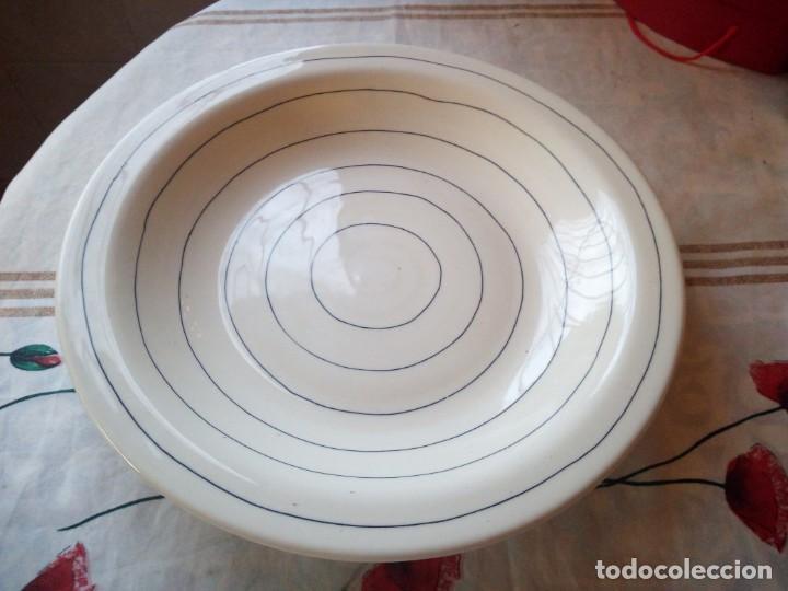 GRAN PLATO DE CERÁMICA HOLDENBY MADE IN PORTUGAL,PINTADO A MANO (Vintage - Decoración - Porcelanas y Cerámicas)
